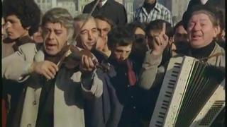 Gülerken Ağlayanlar _ Perihan Savaş Eski Türk Film(720P_HD)_1