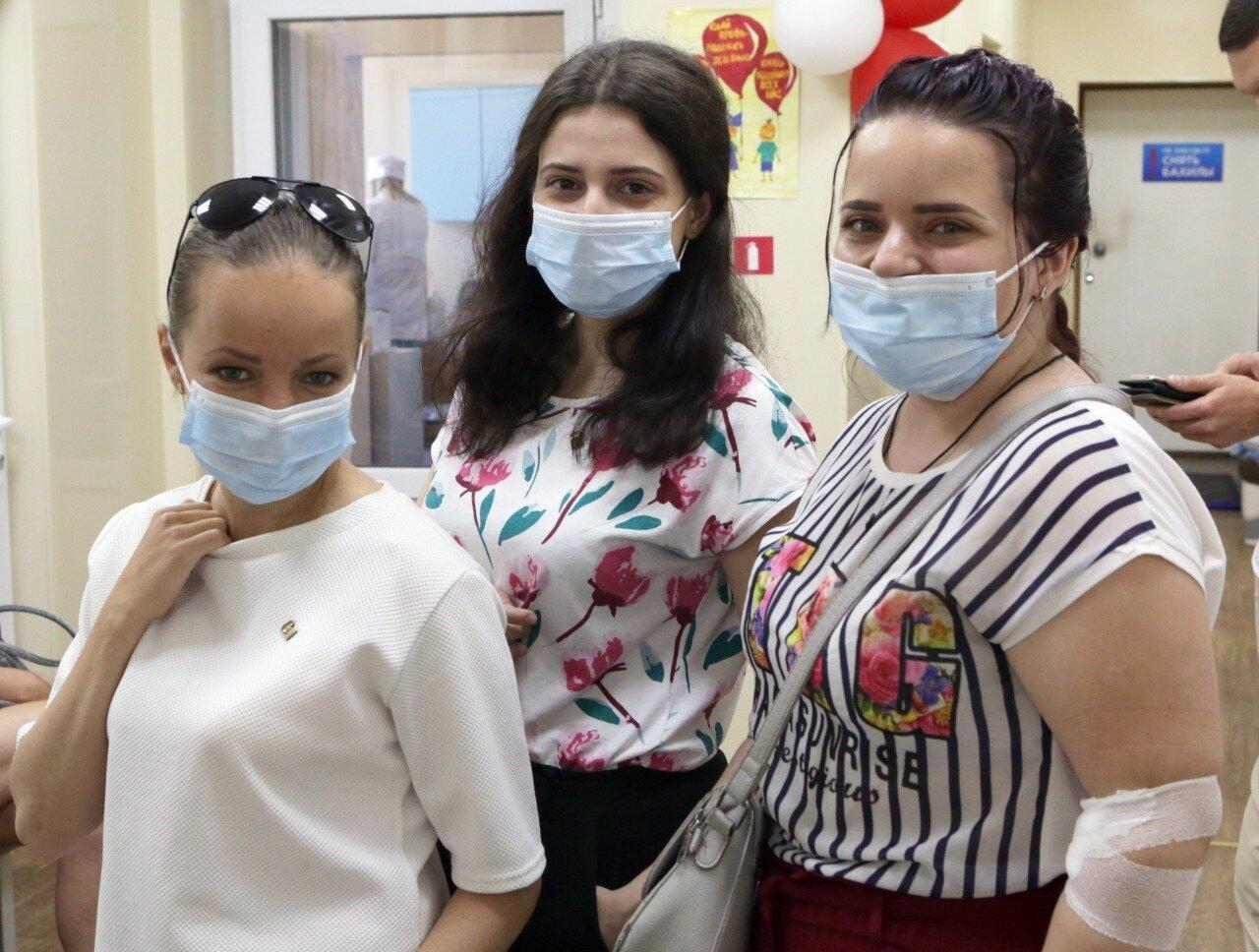 Севастопольские партийцы стали донорами