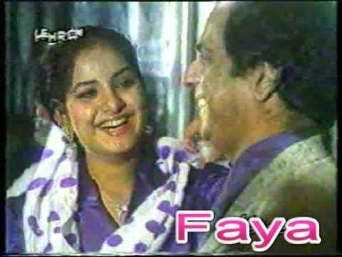 Divya Bharati * Laughing Smiling * Very Rare Video