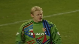 PETER SCHMEICHEL ● BEST SAVES FOR MANCHESTER UNITED