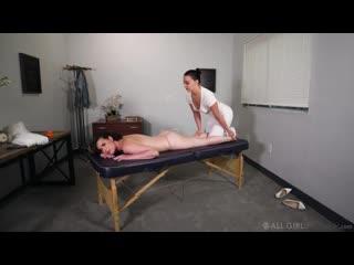 Whitney Wright, Casey Calvert - Runaway Bride [Lesbian, Massage]