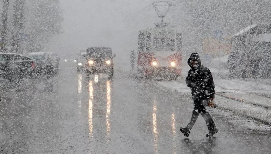 В Таганроге ожидается ухудшение погоды: дождь, мокрый снег метель и гололедица