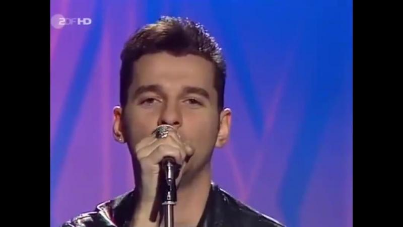 Depeche Mode - Personal Jesus (Broadcast on German TV ZDF Kultnacht-1989)