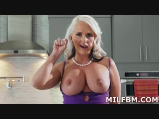 Alena croft getting it on with my girlfriends mom