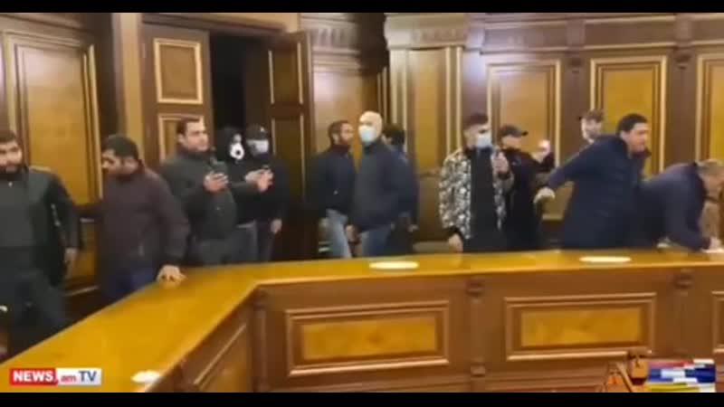 Это должен быть финиш соросовского госпереворота двухлетней давности и возврат законной власти в Армении
