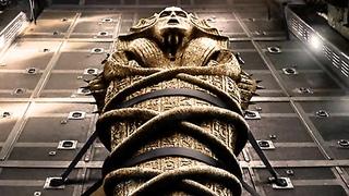 Обнаружена мумия, обернутая страницами иностранной книги. Самые необычные находки