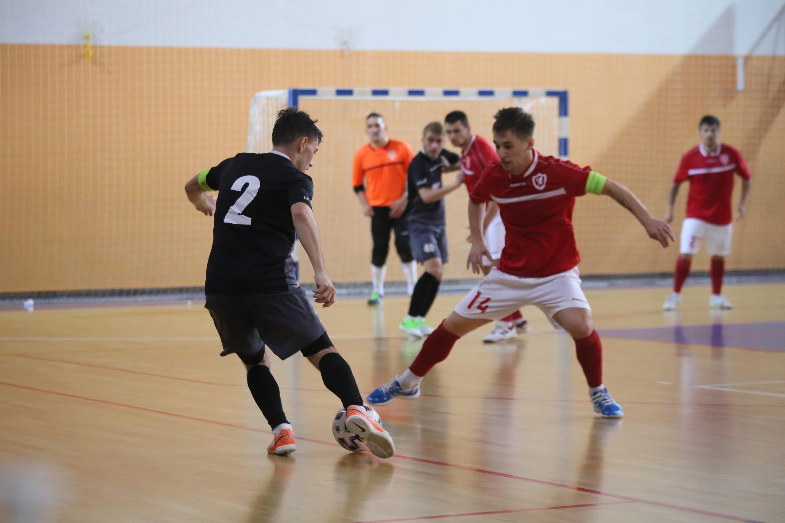 Мини-футбольный клуб «Лида» одержал первую победу в чемпионате страны.