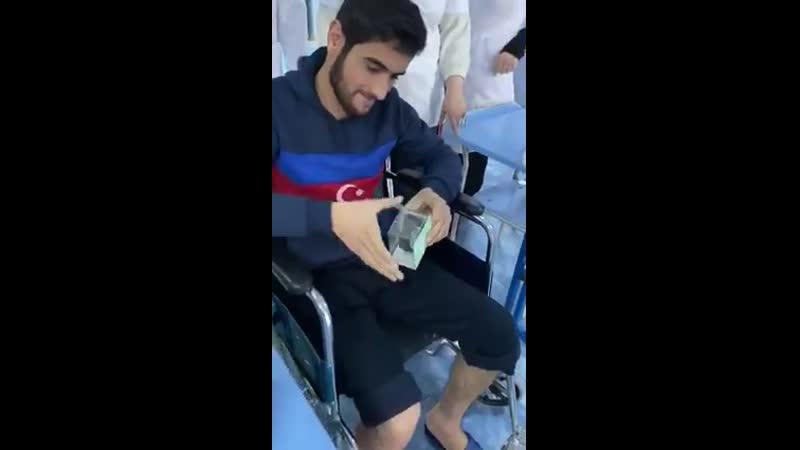 В военном госпитале отметили день рождения раненого солдата