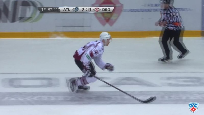 Моменты из матчей КХЛ сезона 14/15 • Гол. 2:1. Андрис Джериньш (Динамо) сократил отставание в счёте 07.12