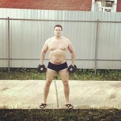 Андрей Чуев on Instagram: Уже сто раз я возвращался к спорту и забывал его, как потерянный носок. Я худел и снова набирал вес, раз десять и опять ...
