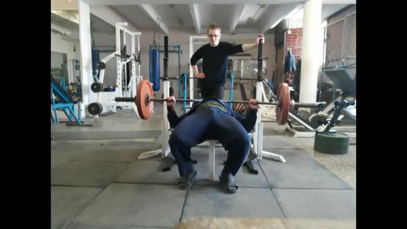 КРЖ 75 кг на 76 раз КА 52 2 МС КА 52 Собств вес 109 кг Возраст 48 лет