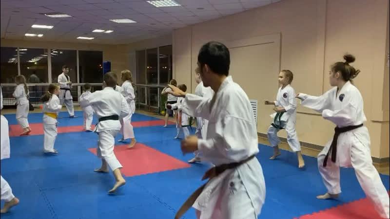 Небольшой видеообзор с тренировки в Ледовом дворце спорта имени В Фетисова 😌