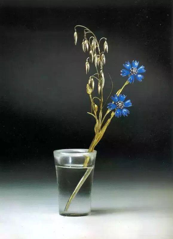 Каменные цветы Карла Фаберже.