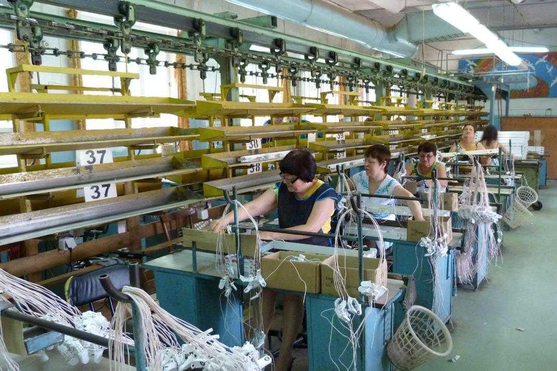 Донское предприятие производит в месяц более 25 тысяч облучателей, рециркуляторов и светильников