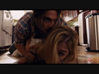 Devolver al remitente (2015) Return to Sender sexy escene Rosamund Pike