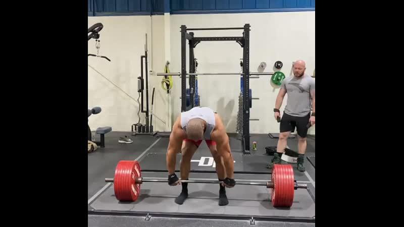 Ларри Уилс тянет 380 кг на 3 раза
