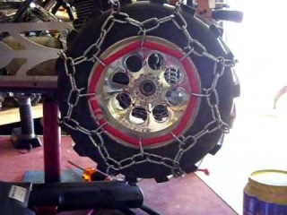fg monster truck with snow chains