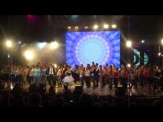 День рождение КФУ 2012. Номер с проректорами и директорами. Я танцую!!!