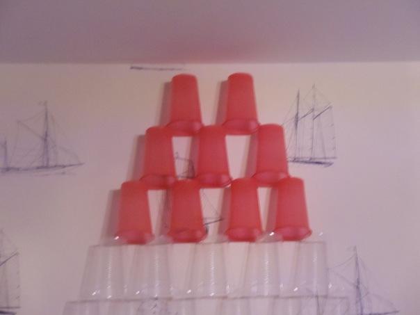 стаканчики))