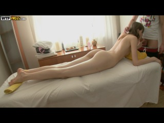 Melody aka Demida, Kitana, Сексуальный