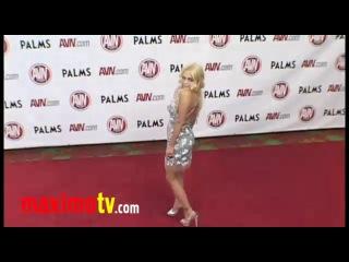 Jesse Jane - 2011 AVN Awards (Красная дорожка порно-Оскара)