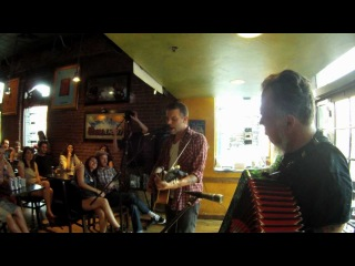 Lucero - Hey Darlin' Do You Gamble? Acoustic (Ben Nichols and Rick Steff at Illegal Pete's)