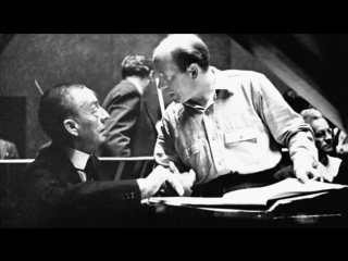Rachmaninov  plays his  Concerto No 4 (restored sound)