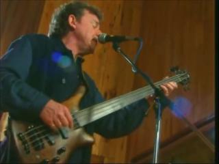 Gary moore & jack bruce -gary husband performing cream classics in the studio