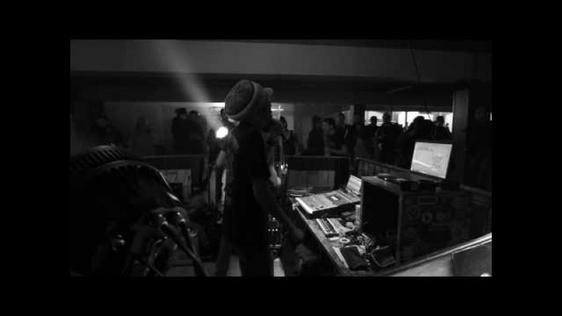 Dennis Capra ft Danman @ Dub Station MI Italy Pt 3 HD
