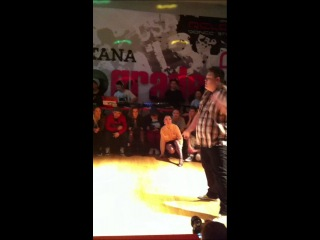 UpGrade 2013/Waacking battle SemiFinal/ Rifat vs Elka