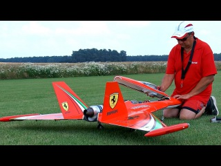 400 KMH WILD HORNET RC TURBINE JET / INTERVIEW, FLIGHT AND HARD LANDING / Rehfelde Germany 2016