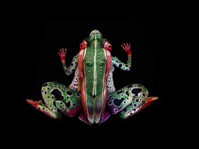 The Frog - impressive creation - Fine Art Bodypainting by Johannes Stötter