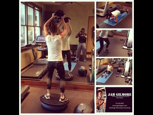 "@ichallenge_performance on Instagram: ""Just a normal home visit with one of my amazing clients @tomsmom19 ichallenge hometraining superwoman fitnesscoach celebrityfitness…"""