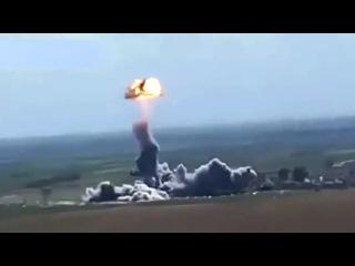 Архив . В Ираке автомобиль смертника ИГИЛ взорвался в воздухе