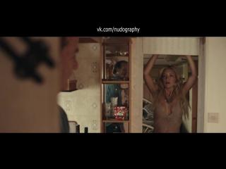 "Сексуальная Кейт Хадсон (Kate Hudson) в фильме ""Рок на Востоке"" (Rock the Kasbah, 2015, Барри Левинсон)"