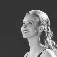 Аня Погорилая