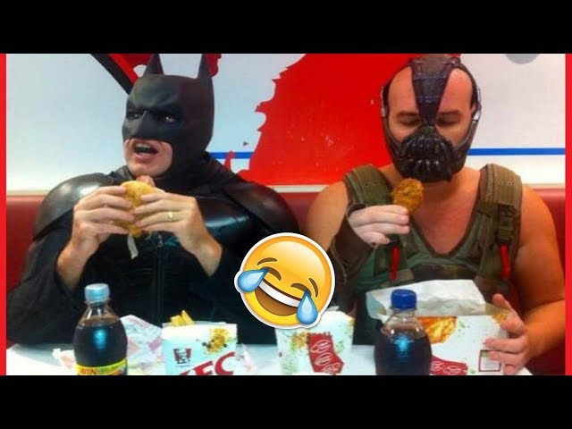 Real Funny Cosplayers Caught Up In Everyday Life