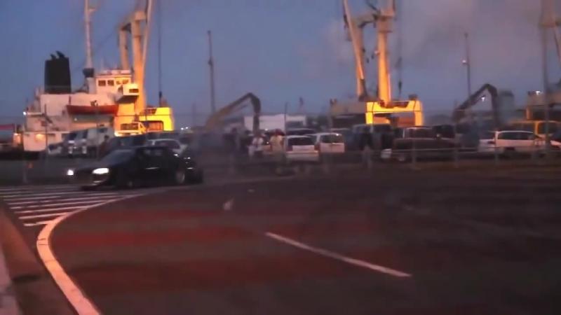 TeamA99E- illegal street drifting in Japan -- グループドリフト -- アナーキースタイル