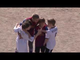 Черданцев комментирует дворовой футбол.