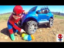 КРУШИМ ШАРЫ Spiderman vs Bad Baby Человек Паук против Хулигана Битва шариками Игры с водо