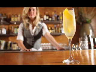 How to Make a French 75 Cocktail -