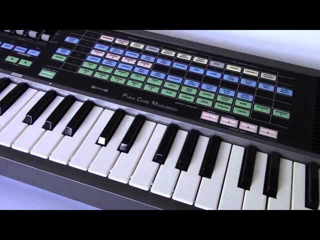 1987 CASIO SK-200 Vintage Sampling Keyboard