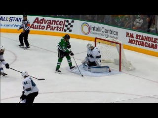 Stars' Tyler Seguin uses perfect deflection to score top shelf