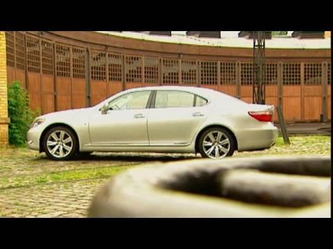 Lexus LS 600h Motorvision testet den japanischen Oberklasse-