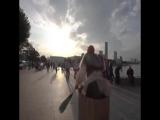 Баба Яга гоняет в ступе по городу