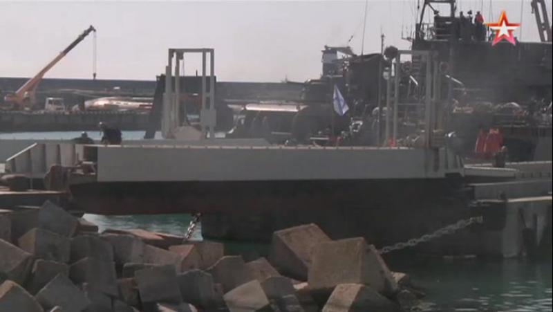 Экипаж корабля ЮВО уничтожил подлодку «диверсантов» реактивными глубинными бомбами