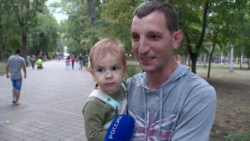 Сергей Можняк_ уличный музыкант, реставратор, мультиинструменталист