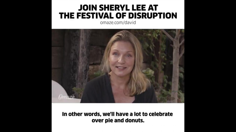 Cherry pie and donuts with Sheryl Lee and David Lynch at the Festival of Disruption.
