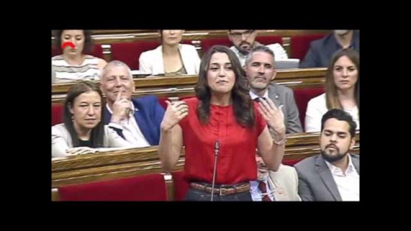 Inés Arrimadas logra encender a Puigdemont a cuenta de la paga extra de los funcionarios