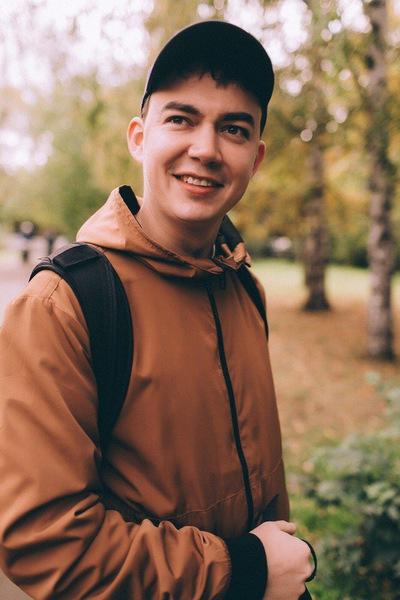 Дмитрий Заварзин